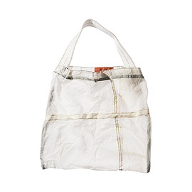 PUEBCO - VINTAGE PARACHUTE LIGHT BAG White