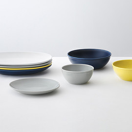 Common - Common Plates & Bowls