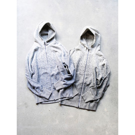 CURLY - CLOUDY ZIP PARKA