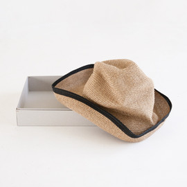 mature ha. - mature ha.   BOXED HAT 11cm LINE