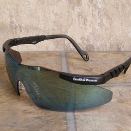 Smith & Wesson - MAGNUM Safety Glasses