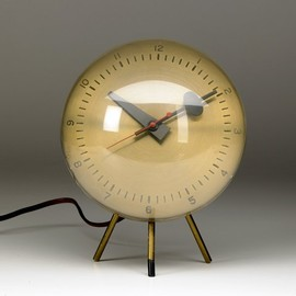 GEORGE NELSON - HOWARD MILLER Brass desk clock