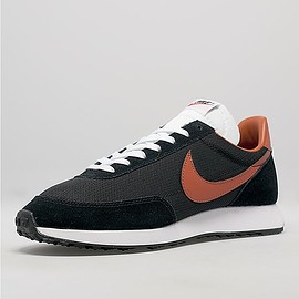 Nike, size? - Tailwind size? exclusive - Black/Dark Russet/White