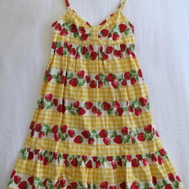 Emily Temple cute - Cute Strawberry Gingham JSK