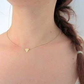 lunahoo - Gold Triangle Necklace in Brass, Simple Dainty Geometric choker Necklace