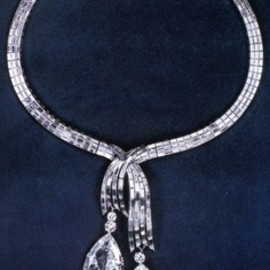 Harry Winston - diamond necklace