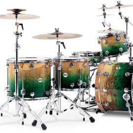 Drum Workshop - Collector's Series Exotic - Natural to Emerald Lacquer Burst over Olive Ash Burl