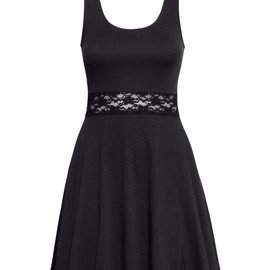 H&M - Lace Tiered Dress