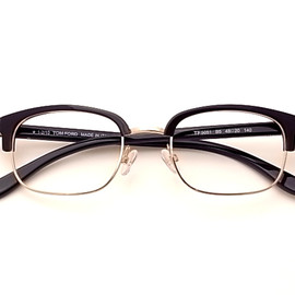 TOM FORD - Mod.TF5051
