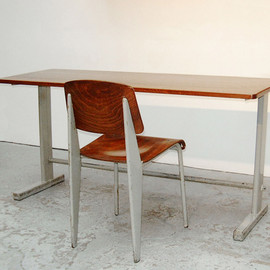Jean Prouvé - Light Grey Cité N° 500 table, ca.1953