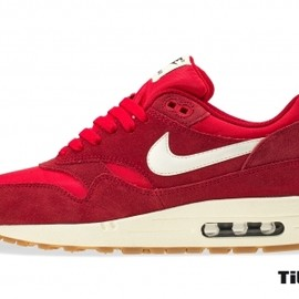 Nike - Air Max 1 Essential Gym Red