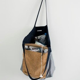 ffiXXed - envelope carrier bag