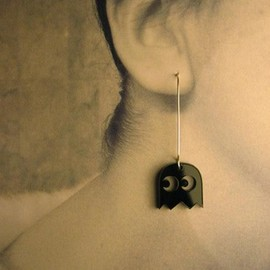 PutumayoDesign - Pacman Ghost Earrings