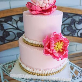 Pale Pink Wedding Cake with Gold Pearls
