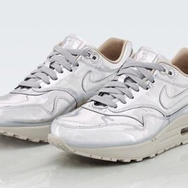 Nike - NIKE WMNS AIR MAX 1 SP LIQUID SILVER