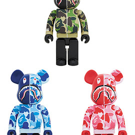 MEDICOM TOY - BAPE(R) CAMO SHARK BE@RBRICK 1000%