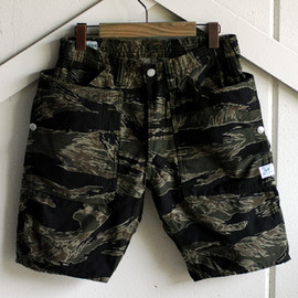 SASSAFRAS - FALL LEAF PANTS 1/2|J.W.S CAMO(BACK SATIN)