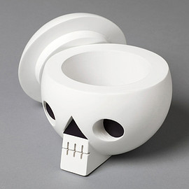 Acne - Wooden skull with secret compartment