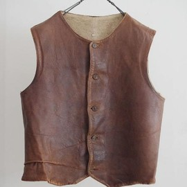 LILY1ST VINTAGE - 1930-40's vintage british military leather vest
