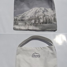ARTS&SCIENCE - Mountains Seeing Itself Tote Bag M