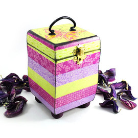 InsideTheHouse - Pink box for jewelry - funchia trinket box, purple gift idea for her, home decor, treasures, yellow, keepsake box,  love - made to order