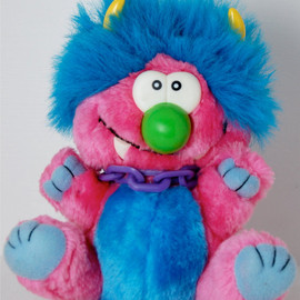 My pet monster - Vintage Kuddlee Uglee Plush Monster with Chains Tara Toy Corp 80s 90s