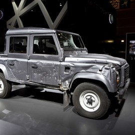 James Bond Skyfall Defender WRECKED