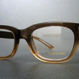 TOM FORD - single man model TF5178