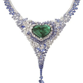 AVAKIAN worn - The 40ct heart-shaped emerald and sapphire necklace