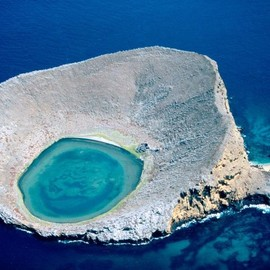 Galapagos  - Blue Lagoon at Rocas Bainbridge