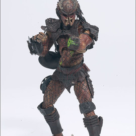 McFarlane Toys - AAP Predator The Hunter