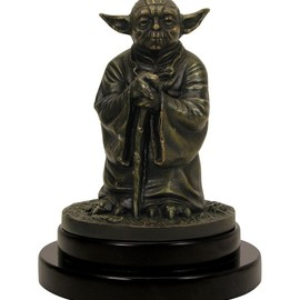 Gentle  Giant - Yoda Bronze Statue