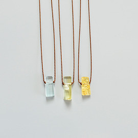 Margaret Solow - Small Geometric Beryl Necklace