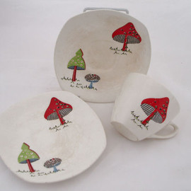 Midwinter - Midwinter Pottery Jessie Tait Toadstool Pattern Cup and 2 Saucers