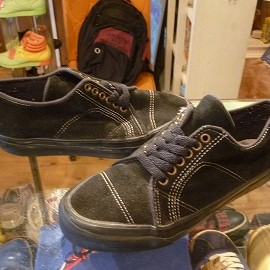 "vans - 「<used>90's vans UNKNOWN SUEDE SHOES black""made in USA"" size:US7/h?(25.5cm?) 8800yen」完売"
