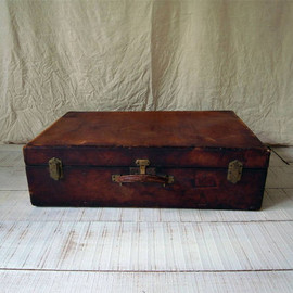 HERMES - antique trunk