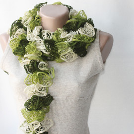 Luulla - Green knit scarf winter accessories fall spring fashion hunter lime