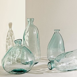ZARA HOME - raw-shaped 100% recycled glass bottle
