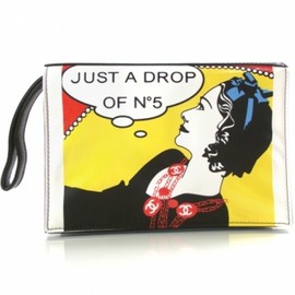 CHANEL - CHANEL Patent Just a Drop of No 5 Comic Coco Clutch 1