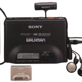 "SONY - ""WM-F707"" (RECORDING WALKMAN"" + Synth Tuner)"