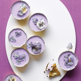 Spring Cupcakes with Lavender Icing and Sugared Flowers Recipe