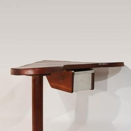 Charlotte Perriand   - Very Rare Corner-Desk, ca 1954