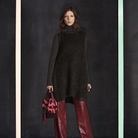 LOUIS VUITTON - 2014-2015 Fall/Winter Pre Collection|2014年秋冬プレコレクション © Louis Vuitton
