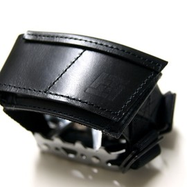 RESISTANT - PEDAL STRAP Leather Ver.