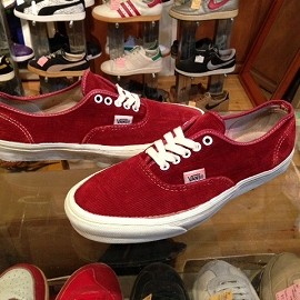 "vans - 「<used>90's vans AUTHENTIC burgundy cords""made in USA"" size:US9(27cm) 14800yen」完売"
