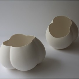 Ryota Aoki - New Laboratory Ceramic Work, 2011