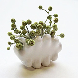 Shapeways - Palm-sized Cloud Vase 1 3d printed