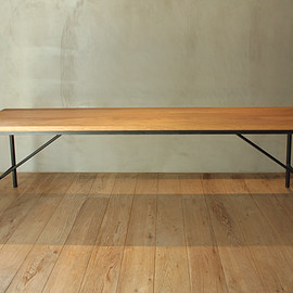 CODESTYLE FURNITURE - BENCH 03