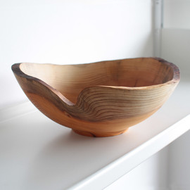 Jonathan Leech - Medium Natural Edge Yew Bowl