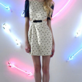 sretsis - polka dot dress